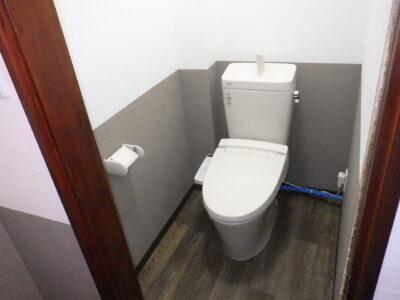 加須市店舗   トイレ・洗面改修工事